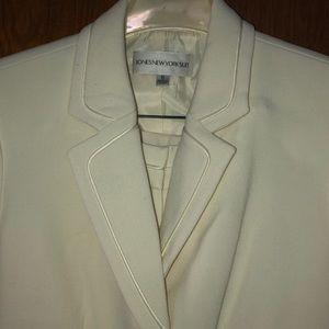 Jones New York Women's Ivory 2PC Suit